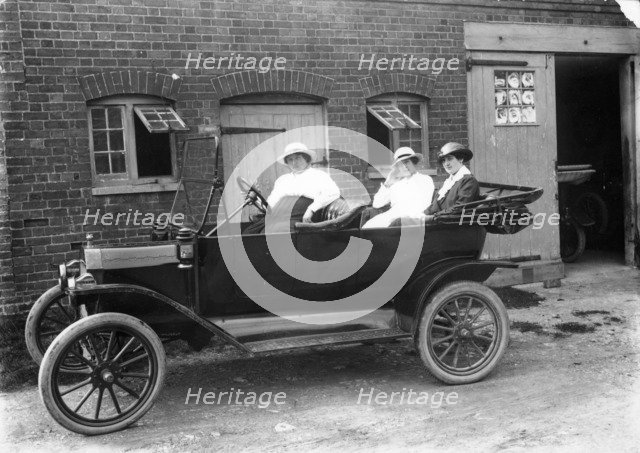 Model T Ford, c1913. Artist: Unknown