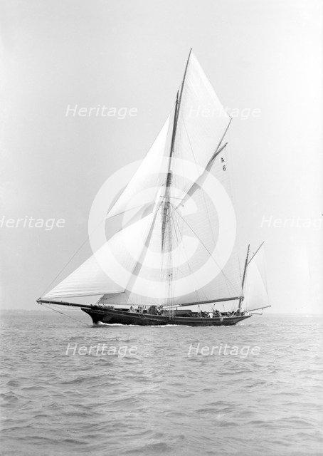 The yawl 'Wendur' sailing close-hauled, 1913. Creator: Kirk & Sons of Cowes.