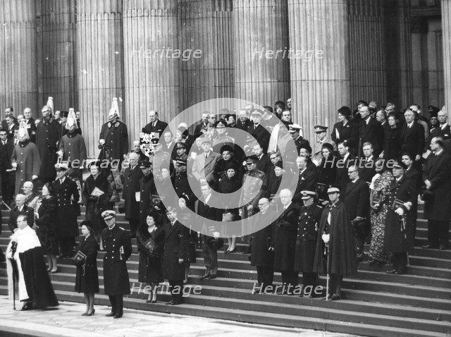 Royal family members and national leaders on the steps of St Paul's Cathedral, 30th January 1965. Artist: Unknown