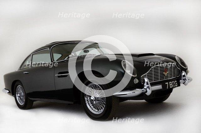 1963 Aston Martin DB4 GT Artist: Unknown.