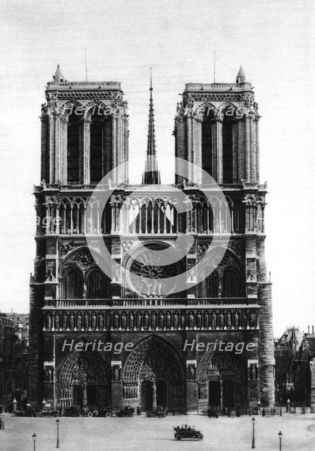 Front view of Notre Dame, Paris, 1931.Artist: Ernest Flammarion