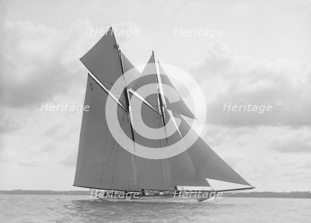 The handsome racing schooner 'Waterwitch', 1911. Creator: Kirk & Sons of Cowes.