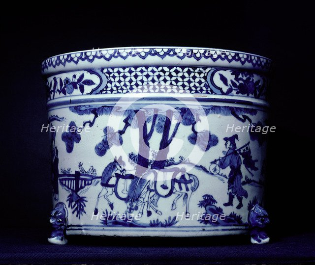 Blue and white ware jar.