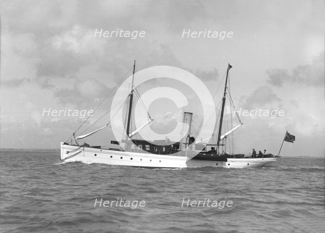 The sailing yacht 'Saevuna', 1911. Creator: Kirk & Sons of Cowes.