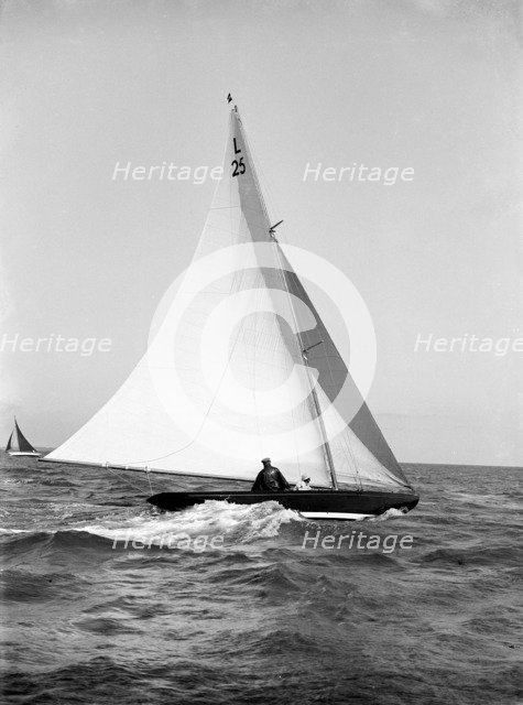 The 6 Metre 'Stella', 1914. Creator: Kirk & Sons of Cowes.