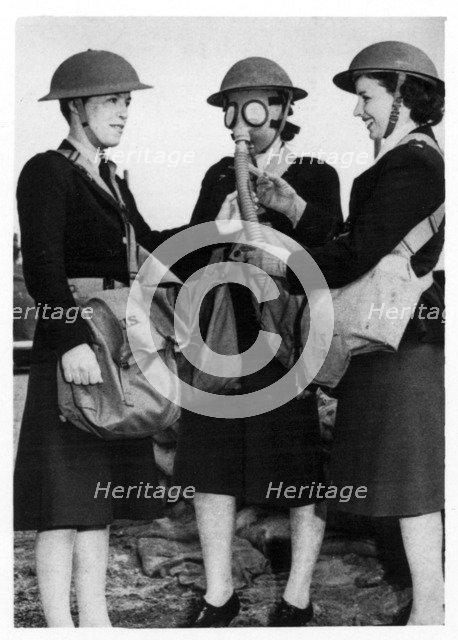 WACs at Fort Sheridan, Illinois, USA, 1940. Artist: Unknown