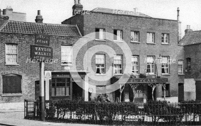 'The Flask' ale house, Highgate Village, London, 1926-1927.Artist: McLeish