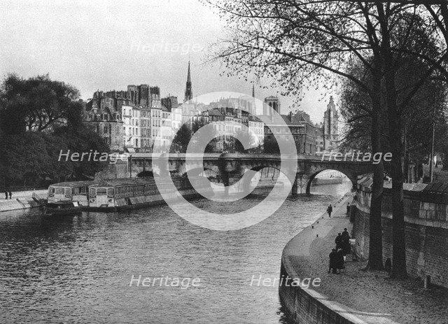 L'ile de la Cite, Paris, 1937. Artist: Martin Hurlimann