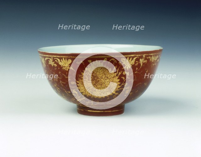 Iron red kinrande bowl with gilt floral design, Ming dynasty, China, mid 16th century. Artist: Unknown