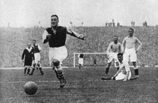 Thumbnail image of Arsenal footballer Alex James passes three Manchester City players, c1929-c1937. Artist: Graphic Photo Union