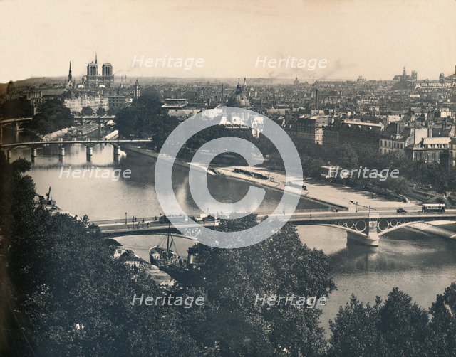 'Paris. - Panorama Vers Notre-Dame. - LL, c1910. Creator: Unknown.