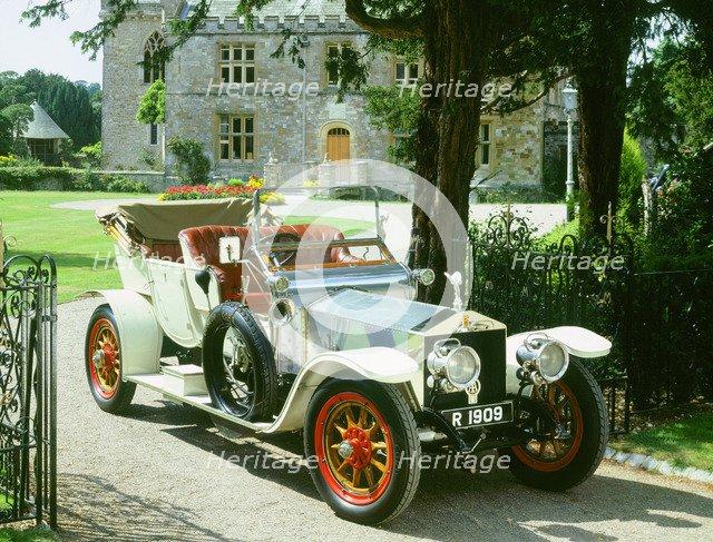 1909 Rolls Royce Silver Ghost. Artist: Unknown.