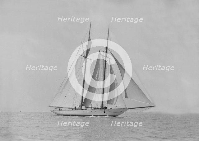 The handsome racing schooner 'Waterwitch', 1911. Creator: Kirk & Sons of Cowes.