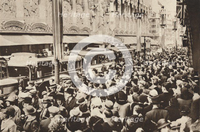 'Crowds on Oxford Street during the bank holiday which followed King George VIs coronation', 1937. Artist: Unknown.