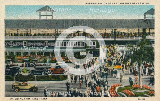 'Habana: Salida De Las Carreras De Caballos. Oriental Park Race Track', c1910. Artist: Unknown.