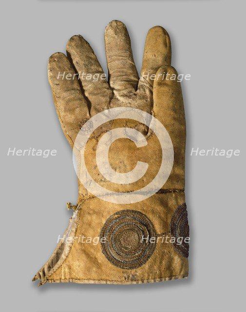 Glove (Henry VIII's hawking glove ), 16th century. Artist: Unknown.