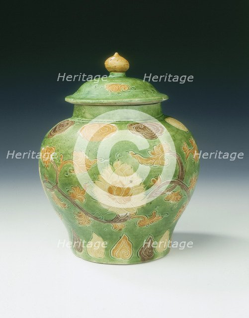 Covered jar, Ming dynasty, China, 1st half of 16th century. Artist: Unknown
